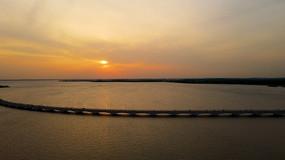 上海淀山湖彩虹桥4K航拍原素材3分钟