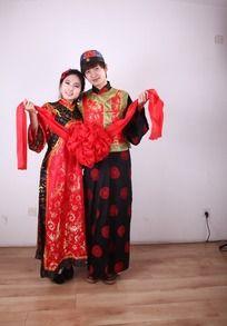 中式婚礼新郎新郎