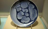 青花花纹瓷盘