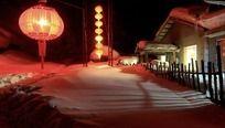 夜晚乡村雪景