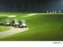 夜晚高尔夫球场