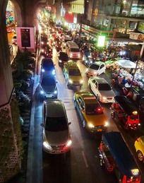 繁华的泰国城市夜景