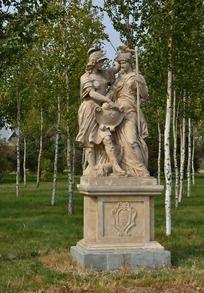 精美的欧洲人物雕塑