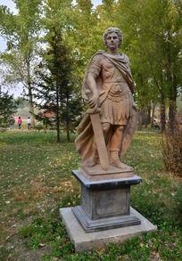 拿箭的欧洲武士雕塑