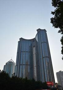 宏伟的广州中石化大厦