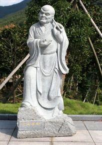 十八罗汉之挖耳尊者雕像