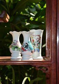 传统白陶瓷花瓶