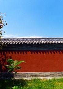 朱红色的宫墙