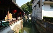 河流上的古建筑