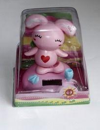 车内粉红小兔子装饰