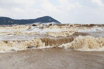 波涛汹涌的海浪