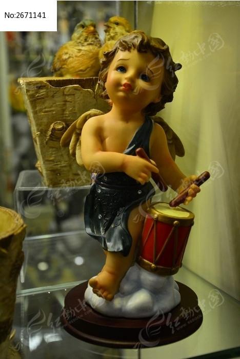 打鼓的小天使模型图片