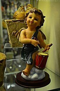 打鼓的小天使模型