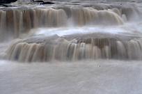 美丽的黄河瀑布