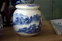 山水陶瓷杯子