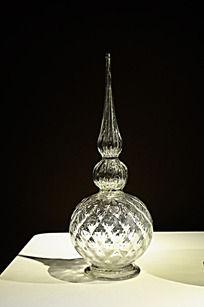 尖盖玻璃瓶