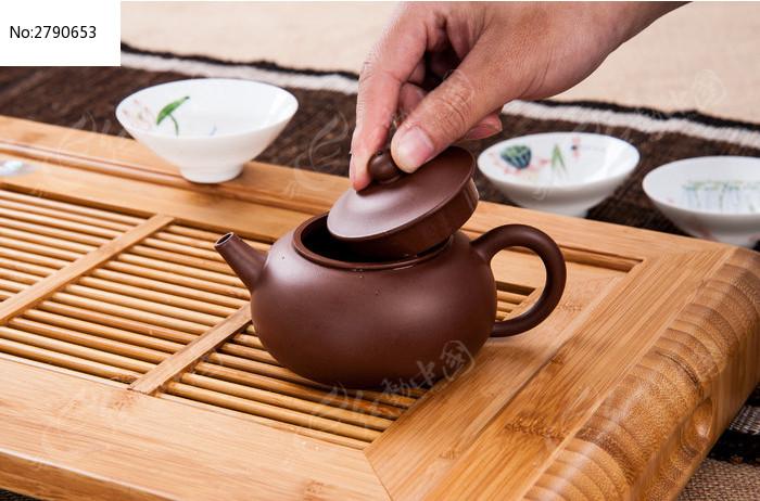 手工精制紫砂茶壶图片