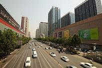 郑州的繁华街景