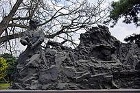志愿军塑像