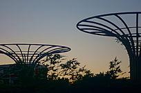西单中国电信广场标志雕塑造型 代表通讯信号的广泛扩散