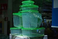 密封的塑料盒子