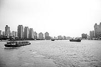 黄浦江两岸
