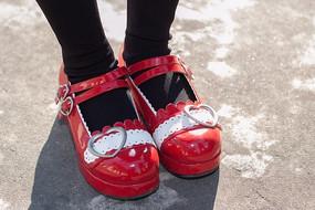 洛丽塔风格红皮鞋