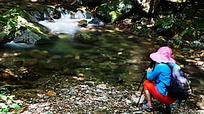 峡谷溪流吸引着摄影人