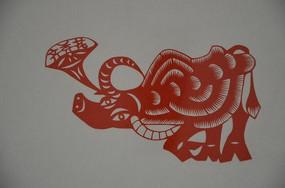 潍坊博物馆馆藏齐秀花剪纸之牛