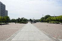 宽阔的休闲广场