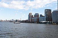 美国曼哈顿海边