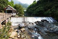 黄山翡翠谷 溪口河坝