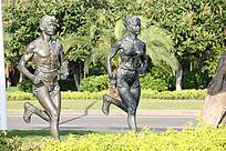 奔跑的人物雕塑