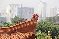 中国古典建筑屋檐上的龙尾