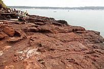 广西涠洲岛  大面积火山岩的海滩