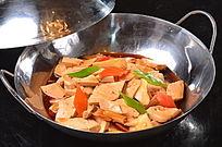 野山菌烧豆腐