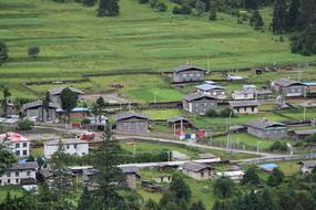 西藏民居村落