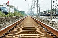 笔直的火车道
