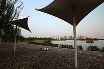 焦作龙源湖公园的帆布