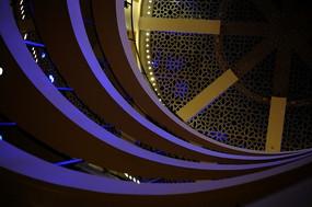 世博会沙特馆内景 几何图形设计