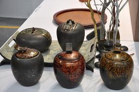 陶瓷特色渐变混色茶叶瓶商业摄影