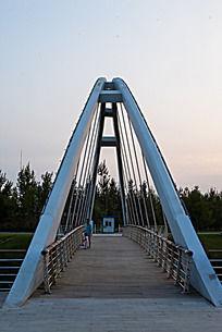 宏伟的铁索桥