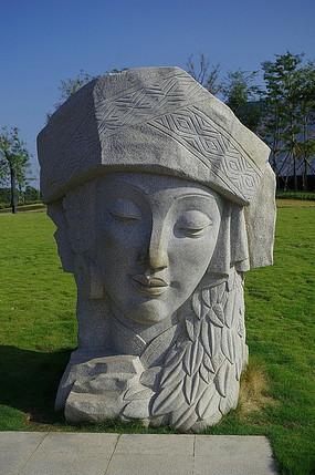 民族少女石雕头像