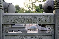传统花纹石块浮雕