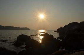 日出小梅沙爱情岛