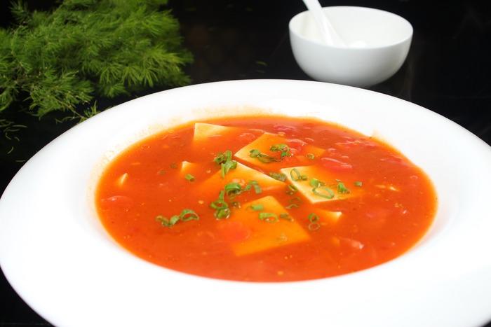 西红柿炖豆腐图片