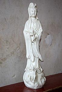 观音菩萨陶瓷工艺品