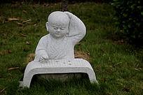 小和尚石头雕刻艺术图片摄影