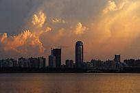 海口湾城市建筑风光图