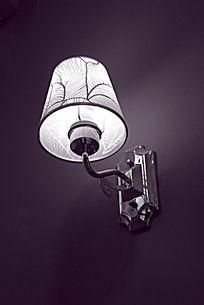 黑白摄影宾馆树纹壁灯